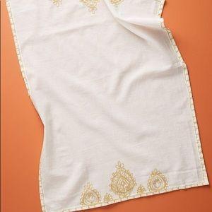 """Anthropologie Cotton & Linen Dish Towel; 28""""L 21""""W"""